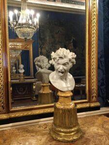 Bernini escultura en el Palacio de España de Roma