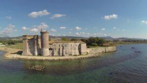 Que hacer en Roma en verano playa y castillo de Santa Severa