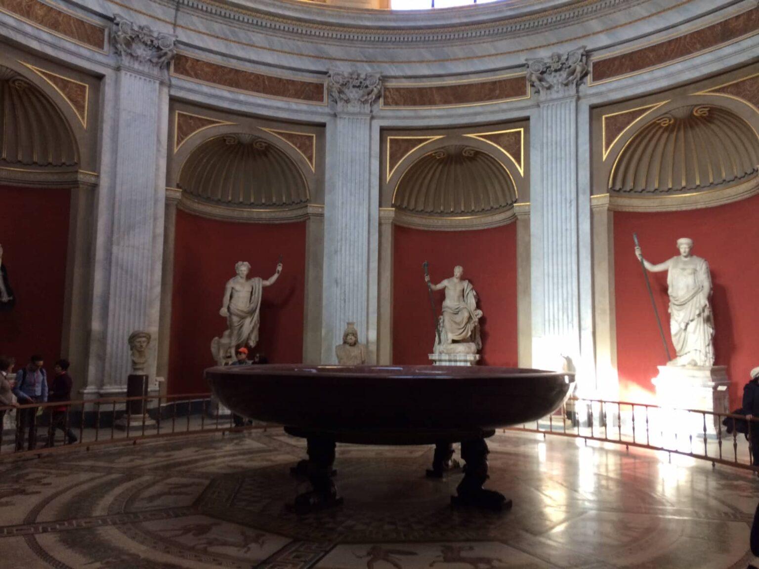 tour museos vaticanos sala esculturas