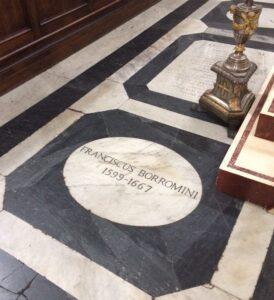 tumba de Borromini en San Juan de los Florentinos