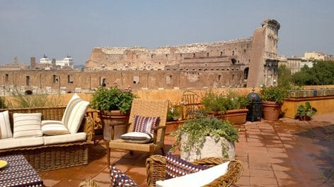 Palazzo Cappi terraza grande belleza ante el Coliseo