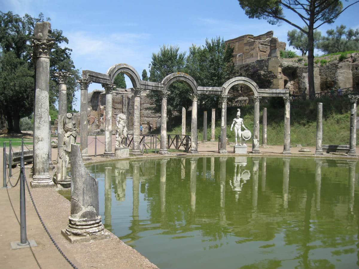 Visitar tivoli excursi n a villa adriana y villa de este for Conception de la villa
