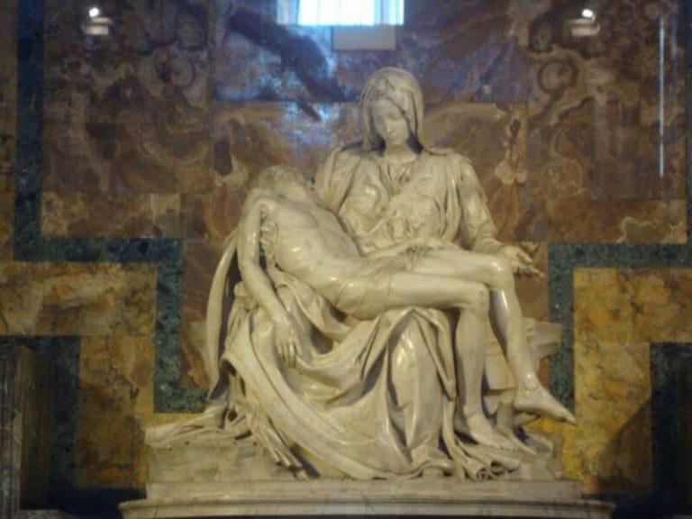 La Piedad de Miguel Angel en la basílica de San Pedro