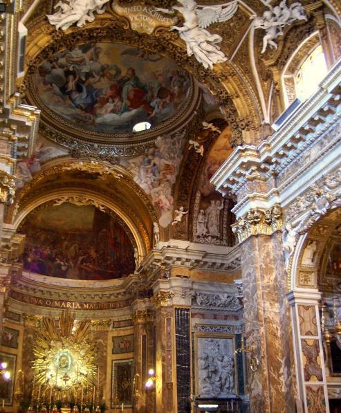 Inerior de la Iglesia de Santa Maria della Vittoria en Roma