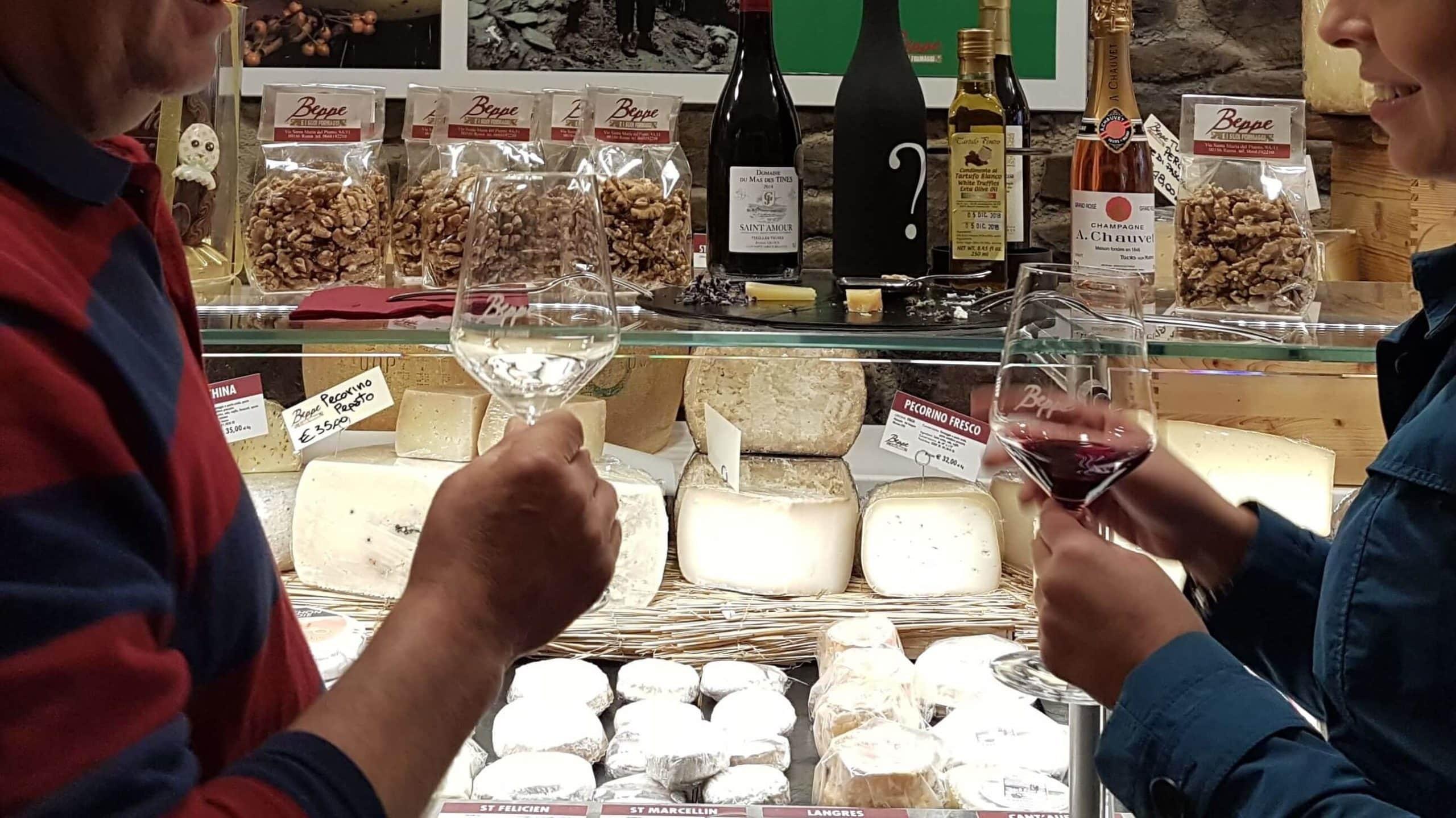 Tour Roma Gastronomica degustacion vino y quesos