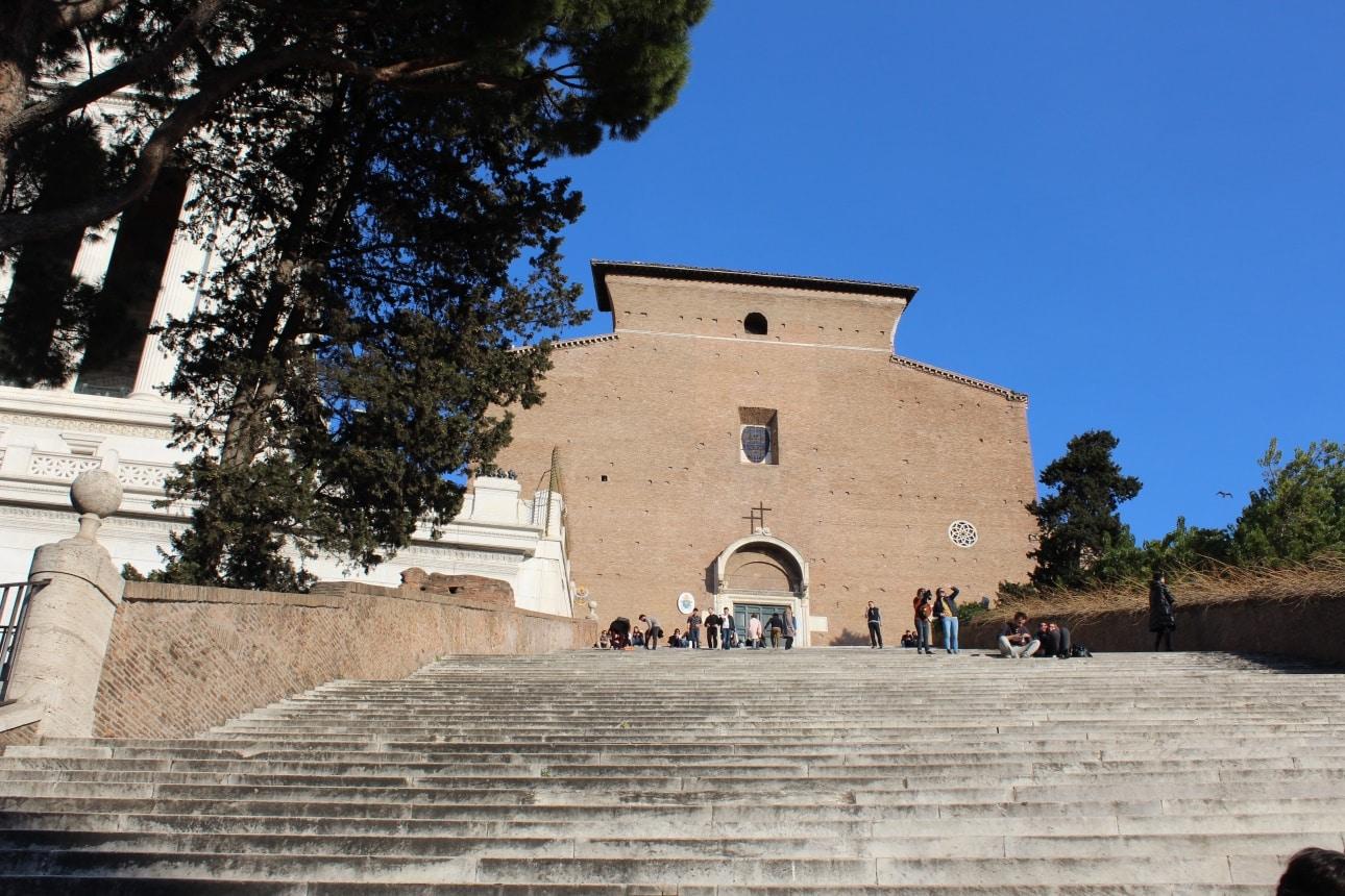 iglesia santa maria en aracoeli escalinata