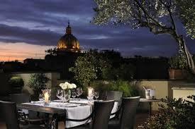 Roma de lujo noche