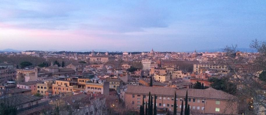 llegar a roma vistas al atardecer desde el Gianicolo