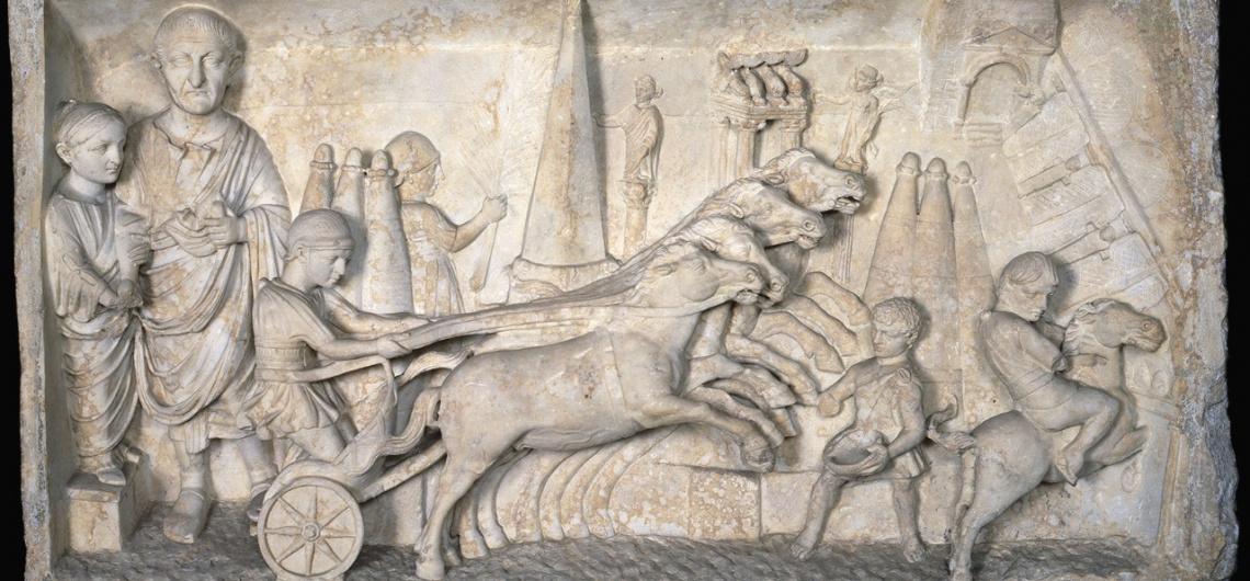 ue ver en roma carrera circo maximo museos vaticanos relieve