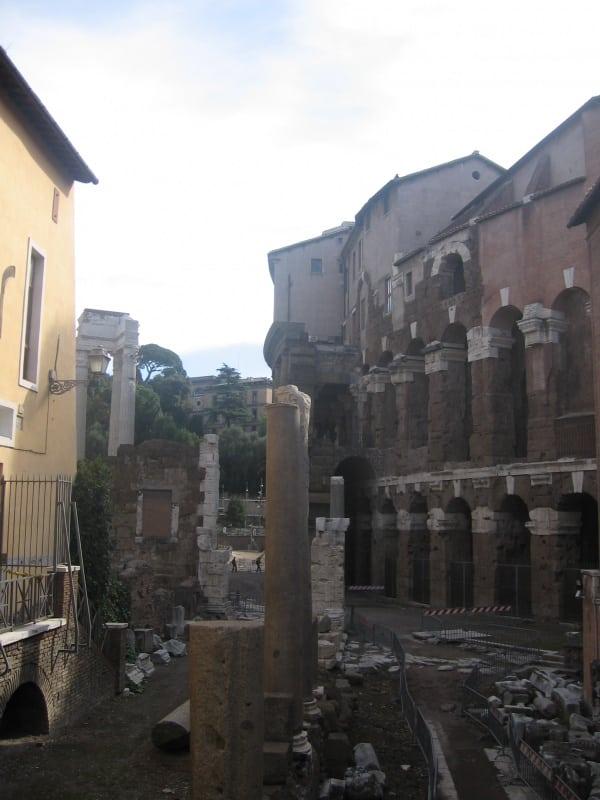 Teatro marcello barrio judio roma
