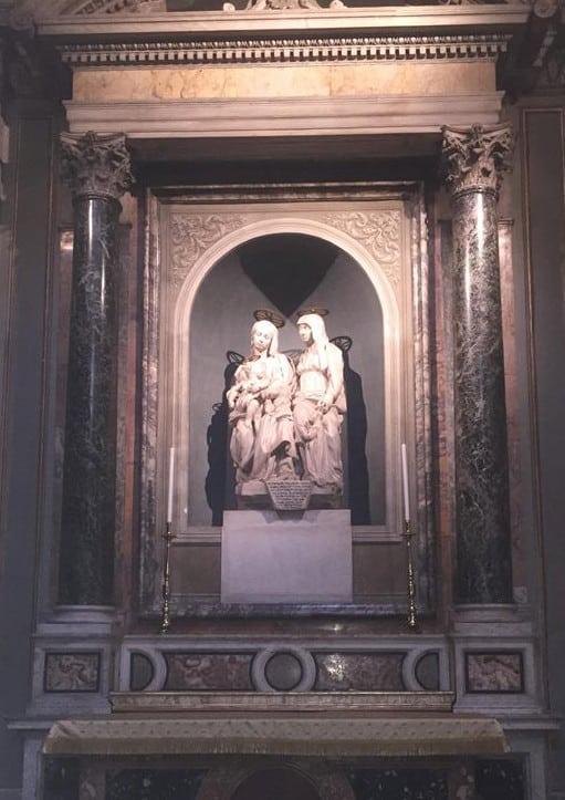 escultura ana maria jesus iglesia de monserrat