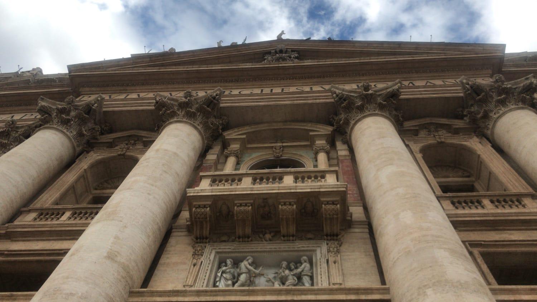 fachada basilica san pedro