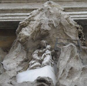fachada iglesia montserrat roma
