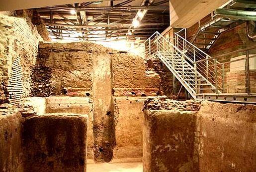 calles de Roma vicolo puttarello excavaciones ciudad del agua