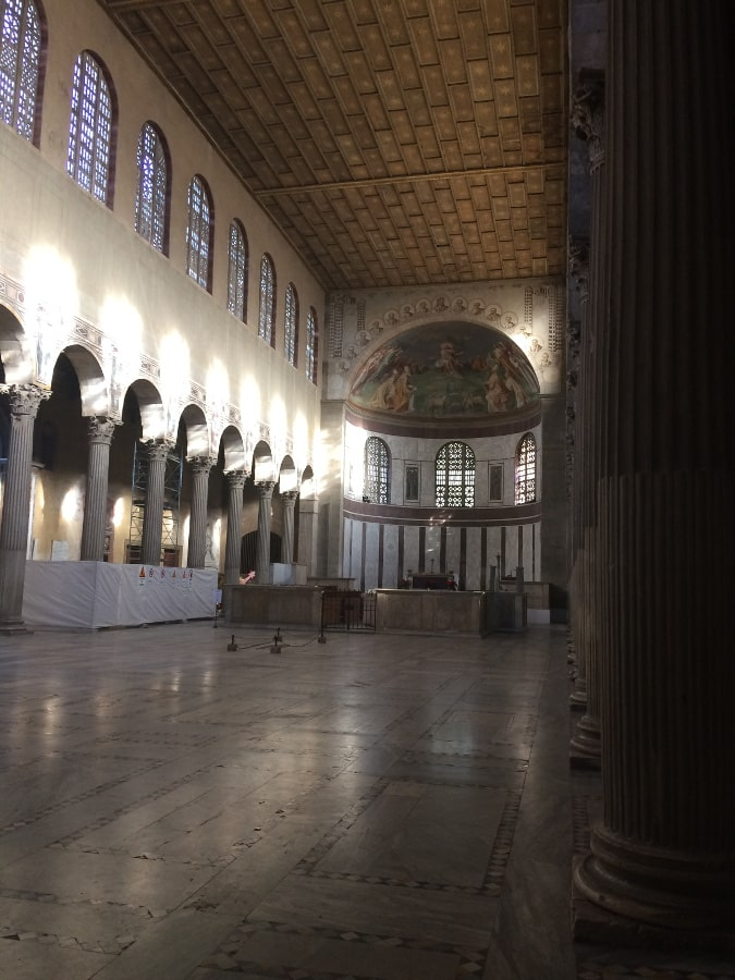 nave basilica santa sabina roma