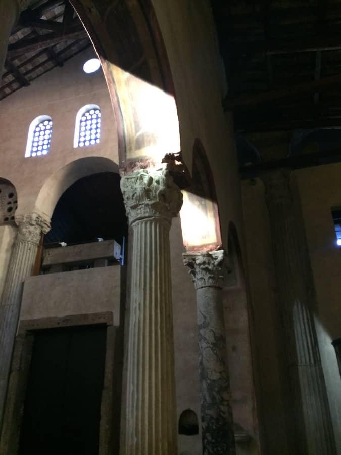 santa maria in cosmedin entrada nave