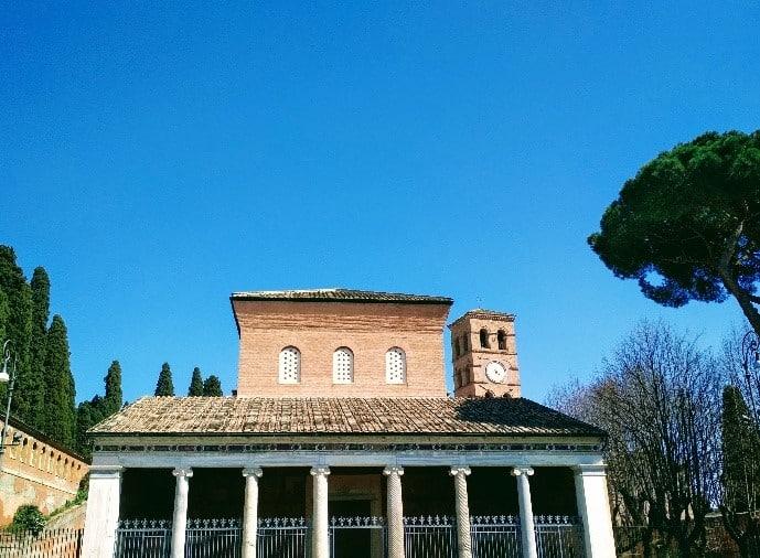 fachada san lorenzo extramuros roma