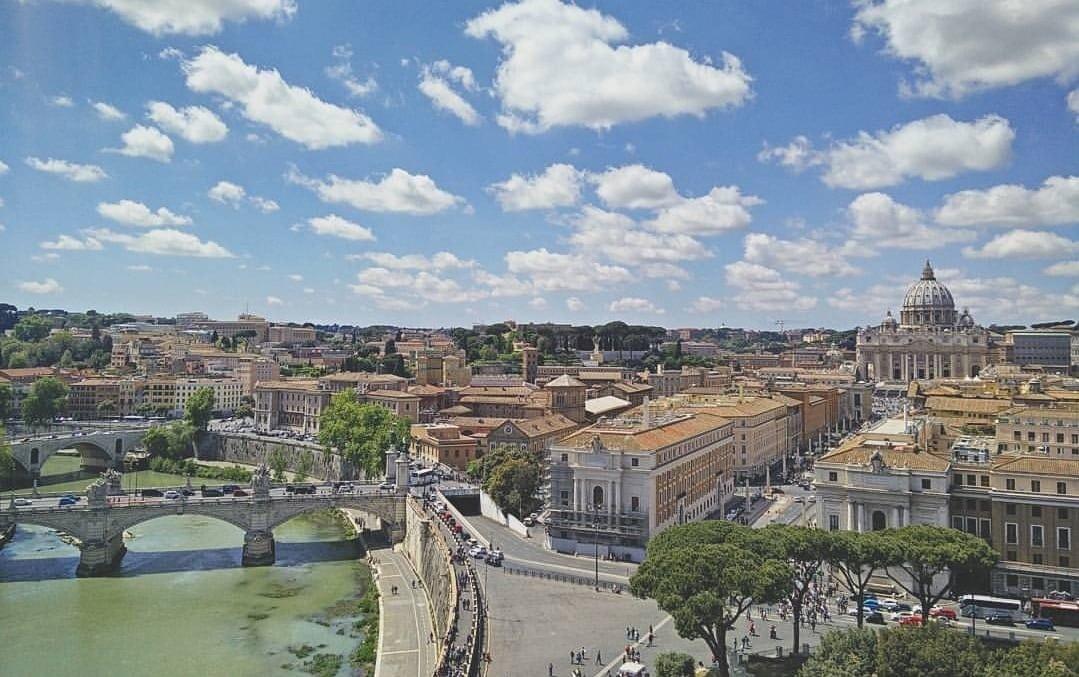 Vistas de San Pedro desde Castillo Sant'Angelo