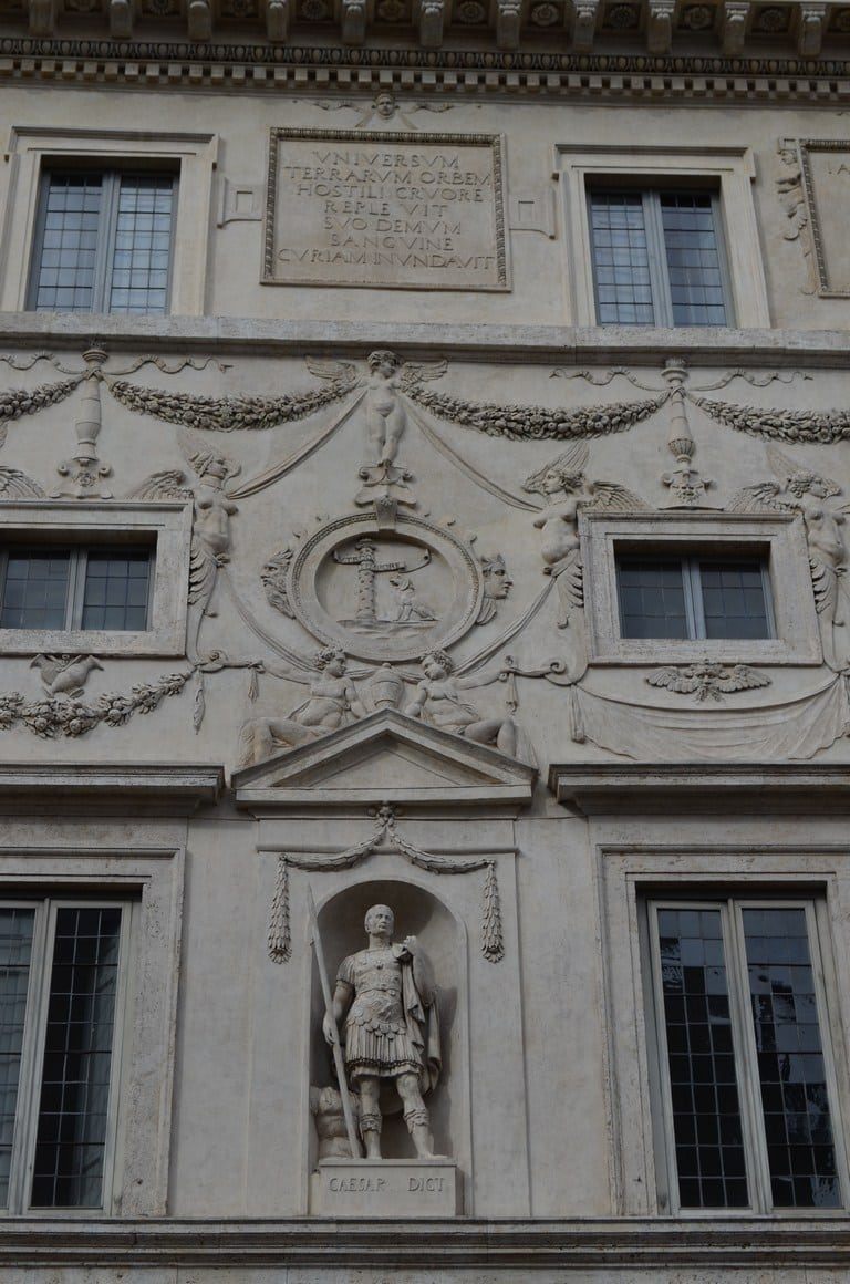 fachada palacio spada
