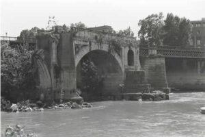 foto ponte rotto sobre el Tiber