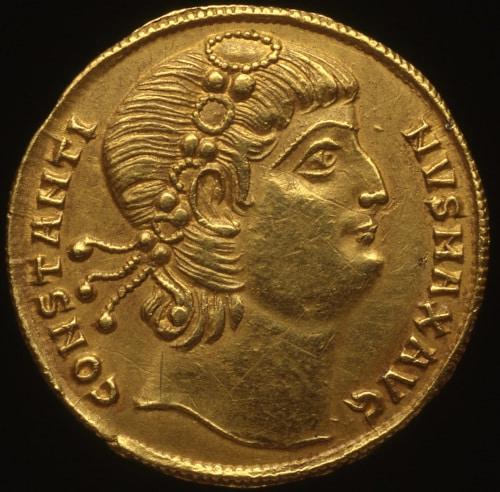 moneda oro constantino palazzo massimo alle terme