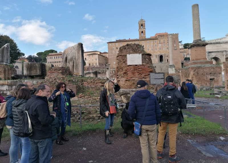 foro romano durante tour coliseo
