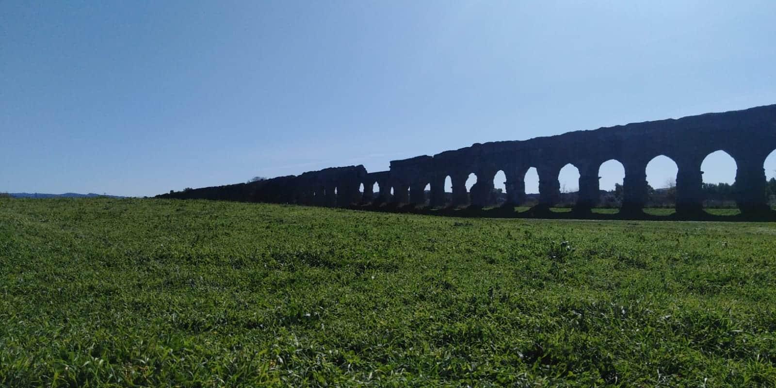 parque caffarella roma acueducto roma