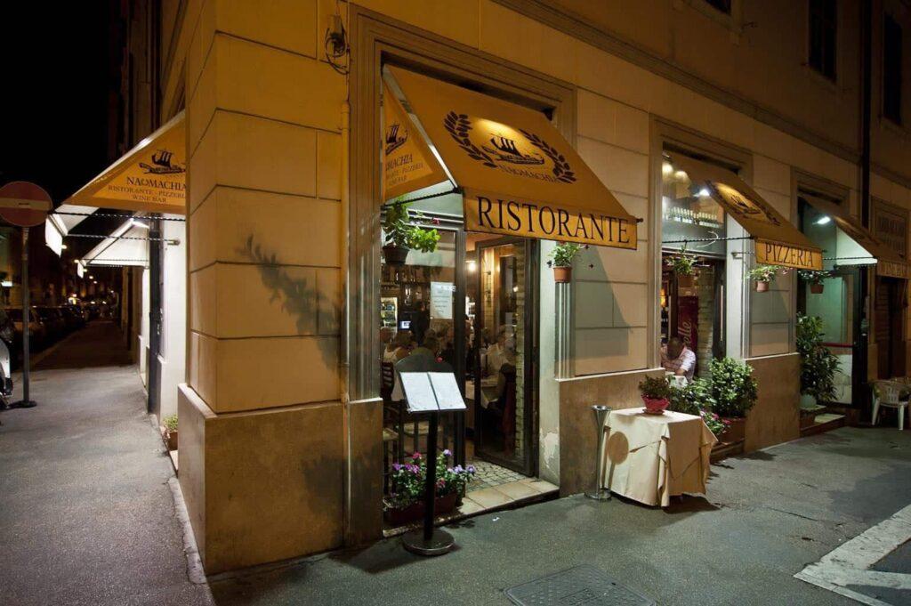 restaurante NAUMACHIA roma