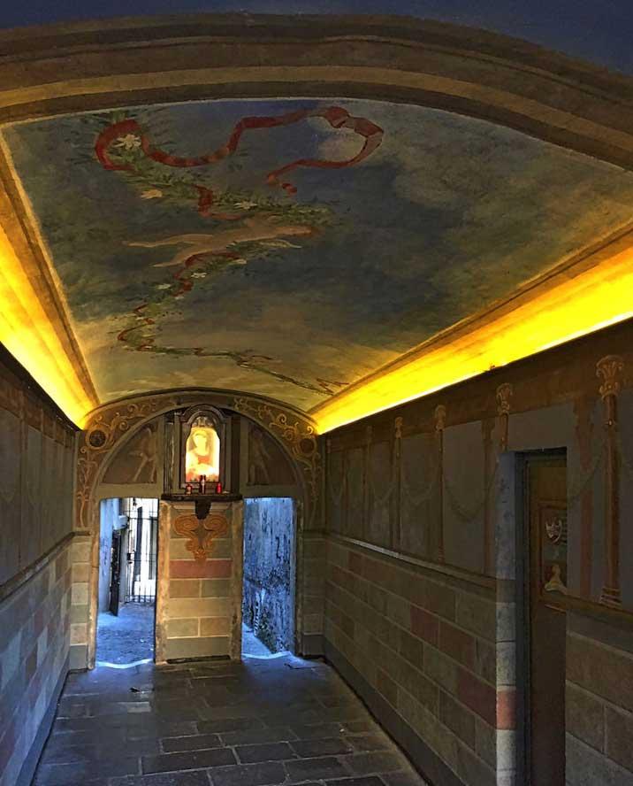 grotta pinta roma escondida