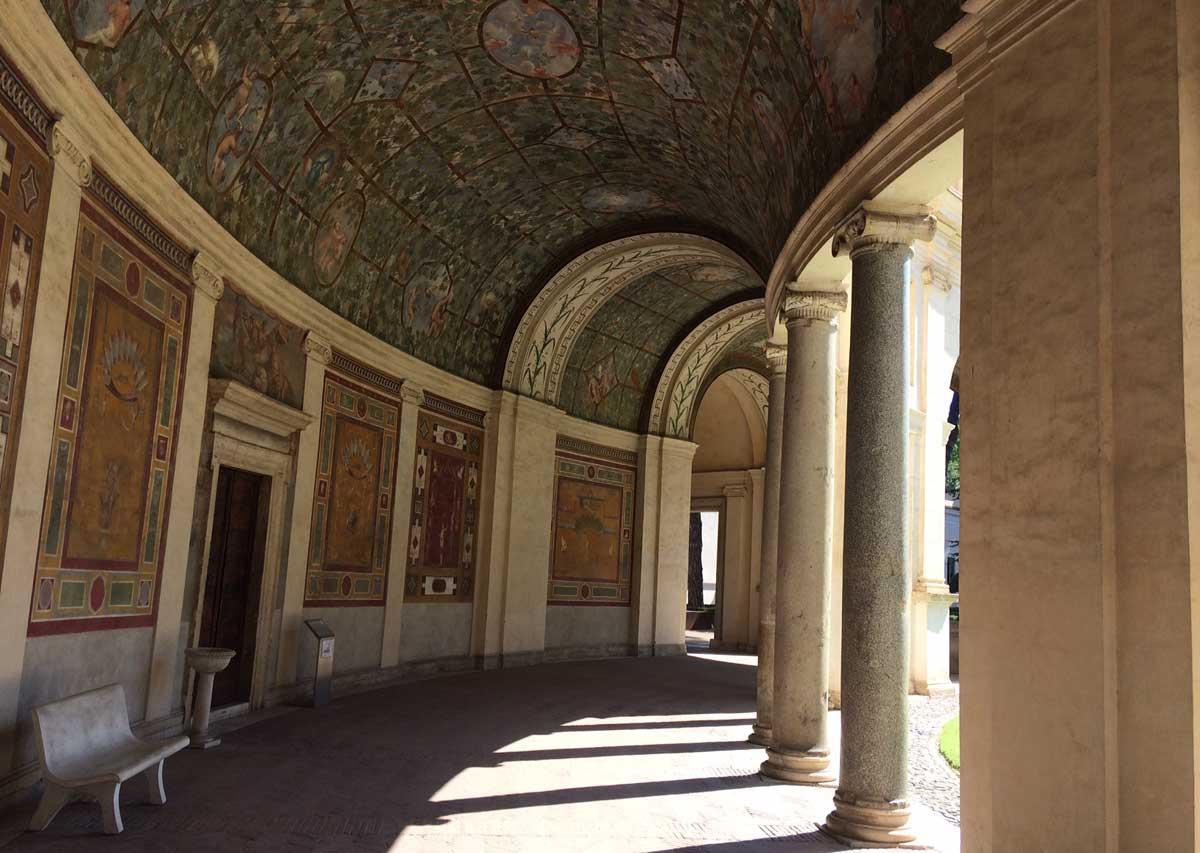 entrada museo etrusco
