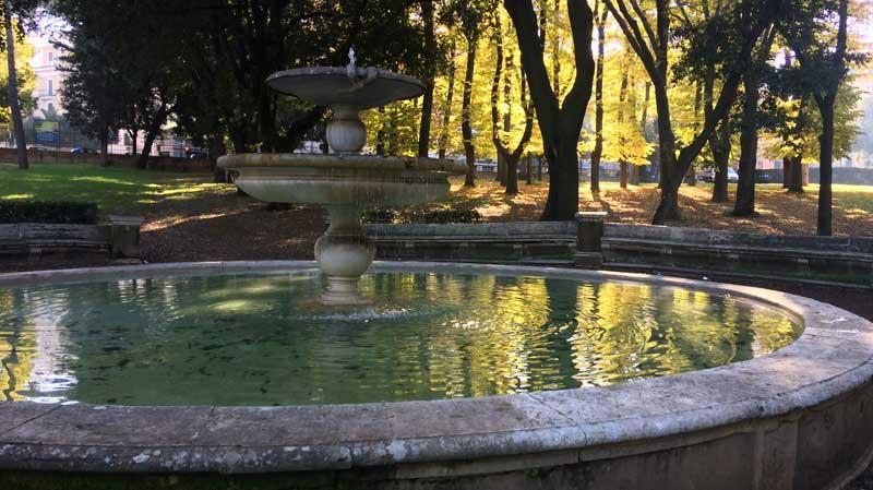 fuente villa borghese