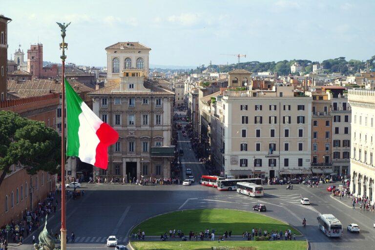 plaza venecia y via del Corso