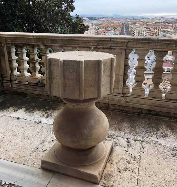 anemoscopio coliseo museos vaticanos