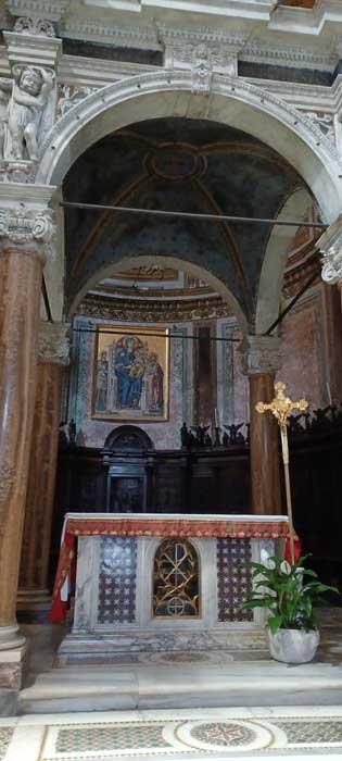 altar san crisogono