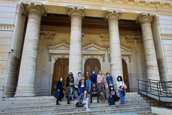 grupo visita sinagoga