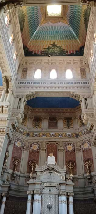 vista interior sinagoga