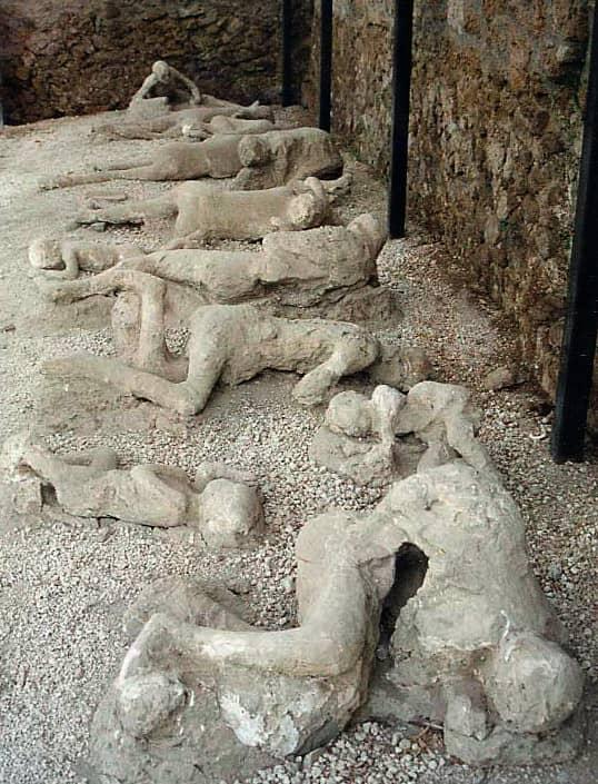 vaciado figuras humanas Pompeya