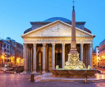Panteon Roma de noche