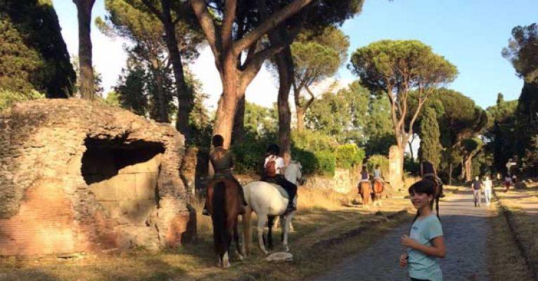 a caballo por la via appia