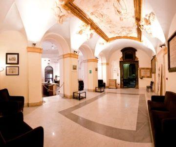 Foyer del palacio santa Chiara Opera en Roma